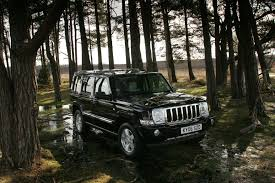 jeep commander 2010 jeep commander station wagon review 2006 2009 parkers