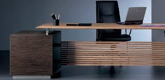 bureau de designer bureau de direction rho plus par ora acciaio amm mobilier