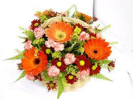Decorative Flowers by Seeking The Best Online Florist To Send Decorative Flowers Hand