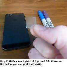 turn light on iphone 5 easy steps to turn your smartphone into a black light device