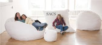 Cozy Sac Vs Lovesac This Lovesac Pillow Chair Is As Big As A Bed And You U0027ll Wait One