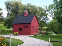 new england style barns carriage house country style and beams