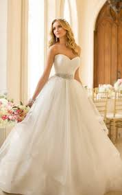 poofy wedding dresses best 25 ballgown wedding dress ideas on fairytale