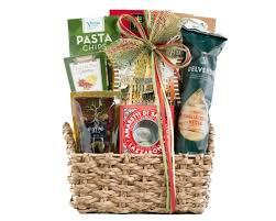 20 food gift baskets that look like you actually tried