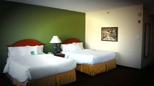 hilton garden inn green bay hotel near lambeau field