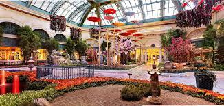 Bellagio Botanical Garden Japanese Inspired Display Takes The Bellagio S