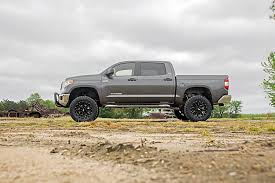 toyota tundra lifted 6in suspension lift kit for 07 15 toyota tundra rough country