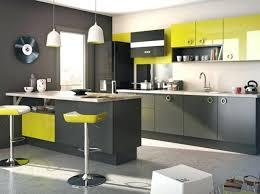 cuisine avec brique cuisine equipee verte cuisine moderne avec brique modale