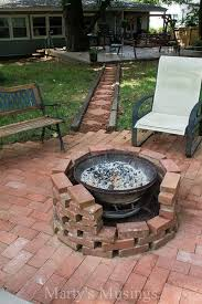 Brick Firepit How To Diy A Pit For Your Backyard Ideas And Tutorials 2017