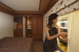 maharajas u0027 express most expensive train in india happytrips com