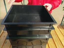 Compost Containers For Kitchen by To Make A Kitchen Compost Bin Homesteading Tips