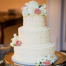 best 25 traditional wedding cakes ideas on beautiful