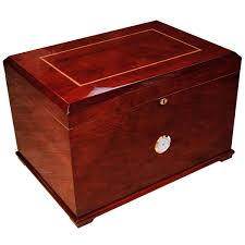 cigar table grande large cigar humidor for 600 cigars u2013 cigar boulevard