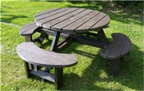 round plastic picnic table recycled plastic composite picnic table bench excalibur round 8 seat
