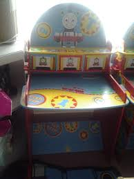 thomas tank engine desk very good condition no marks or chipped and no chair