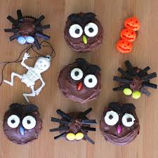 Halloween Spider Cakes by Green Gourmet Giraffe Halloween Treats Owl And Spider Cupcakes