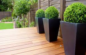 Modern Wood Planter by Planters With Box Balls In Small Garden Deco Pinterest