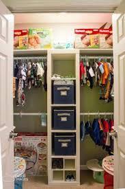 12 cosas que suceden cuando estas en armario segunda mano madrid organizar el armario bebé baby babies nursery