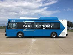 Kansas bus travel images Kansas city airport deploys byd fully electric buses for passenger jpg