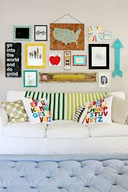 how to do a gallery wall 31 gallery walls suggestions with coloful frames decor10 blog