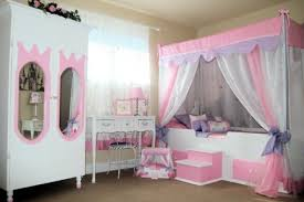 canopy beds for little girls bedroom ideas white and pink solid wood platform canopy bed with