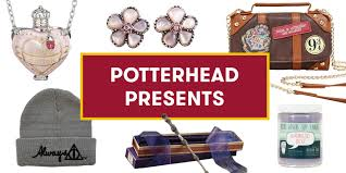 15 best harry potter gifts of 2017 gifts any potterhead will love