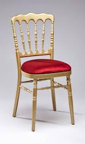 chaise dorée chaise napoléon dorée à louer en île de location mobilier de