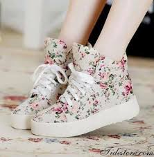 Comfortable Shoes For Girls Exquisite Floral Imprint Flat Heels Closed Toe Comfortable Shoes