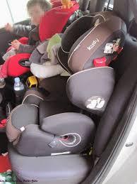 location voiture avec siège bébé kiddy guardianfix pro 2 siège auto bouclier les aventures de