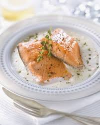 cuisine saumon saumon à la sauce tomate et basilic recettes à table