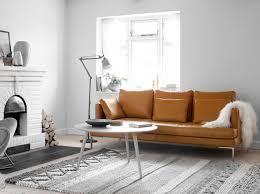 canap e 70 deco annees 70 canape caramel salon living room