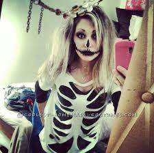 25 Sister Halloween Costumes Ideas Minute Homemade Sister Skeletons Halloween Costumes