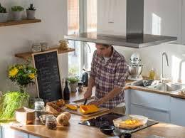 accessoires pour cuisine 25 idées déco pour égayer une cuisine blanche femme actuelle
