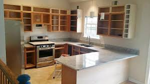 can you change kitchen cabinets and keep granite the risks of replacing your countertop before your cabinets