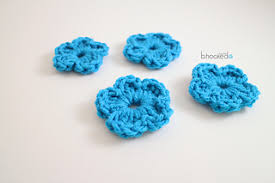 Tiny Flower Crochet Pattern - ravelry easy crochet flower pattern by b hooked crochet