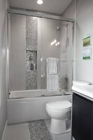 Bathroom Remodel Small Space Ideas by Best 25 Condo Bathroom Ideas Only On Pinterest Small Bathroom