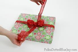 gift wrap bows how to make gift wrap bows polka dotted blue
