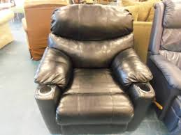 real leather recliner with two cup holders the jackpot new