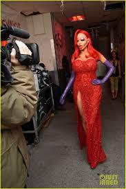 Jessica Rabbit Halloween Costume Heidi Klum Transforms Jessica Rabbit Halloween 2015