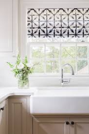 Window Treatments For Kitchen by 25 Best Farmhouse Roman Shades Ideas On Pinterest Farmhouse