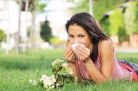 Bahar aylarında artış gösteren alerji, kronik nezle ve grip, hem çocukları hem de ebeveynleri zor durumda bırakıyor