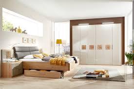 Schlafzimmer Hochglanz Braun Disselkamp Schlafzimmer Wildeiche Hochglanz Taupe Möbel Letz