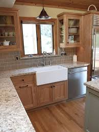 pictures of kitchen designs with oak cabinets 35 beautiful kitchen paint colors ideas with oak cabinet
