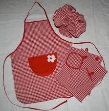 couture tablier cuisine couture joli cadeau à offrir tablier de cuisine toque torchons