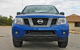 nissan frontier crew cab nissan raises mpg drops prices on 2013 frontier