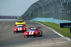 Dodge Viper 2014 - dodge viper gts r race cars return to traditional red and white livery