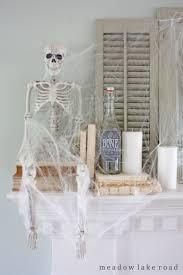 70 great halloween mantel decorating ideas digsdigs