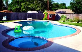 Pools For Small Spaces by Awesome Swimming Pool Design For Small Spaces Photos Best Idea