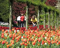 Famous Gardens World Renowned Butchart Gardens On Vancouver Island Traveling