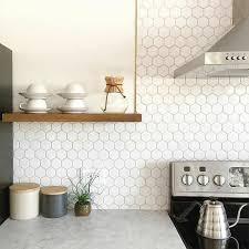 catelles cuisine carrelage hexagonal cuisine carrelage hexagonal au dessous
